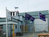 Canadá: Trabajadores canadienses ocupan empresa autopartista en Ontario