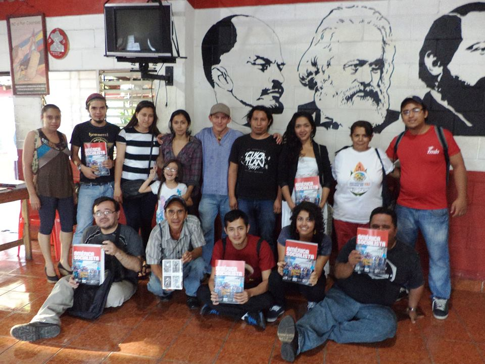 Presentación de la Revista América socialista en Soyapango. Un paso firme hacia la formación política.