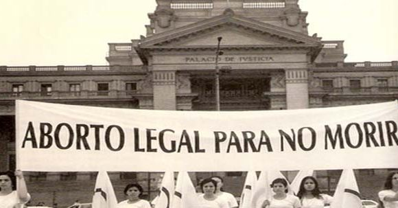 ¿Cuál es el interés de ARENA con la reforma a la condena por aborto?