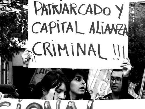 Capitalismo y Patriarcado: aliados perfectos para la opresión de la mujer