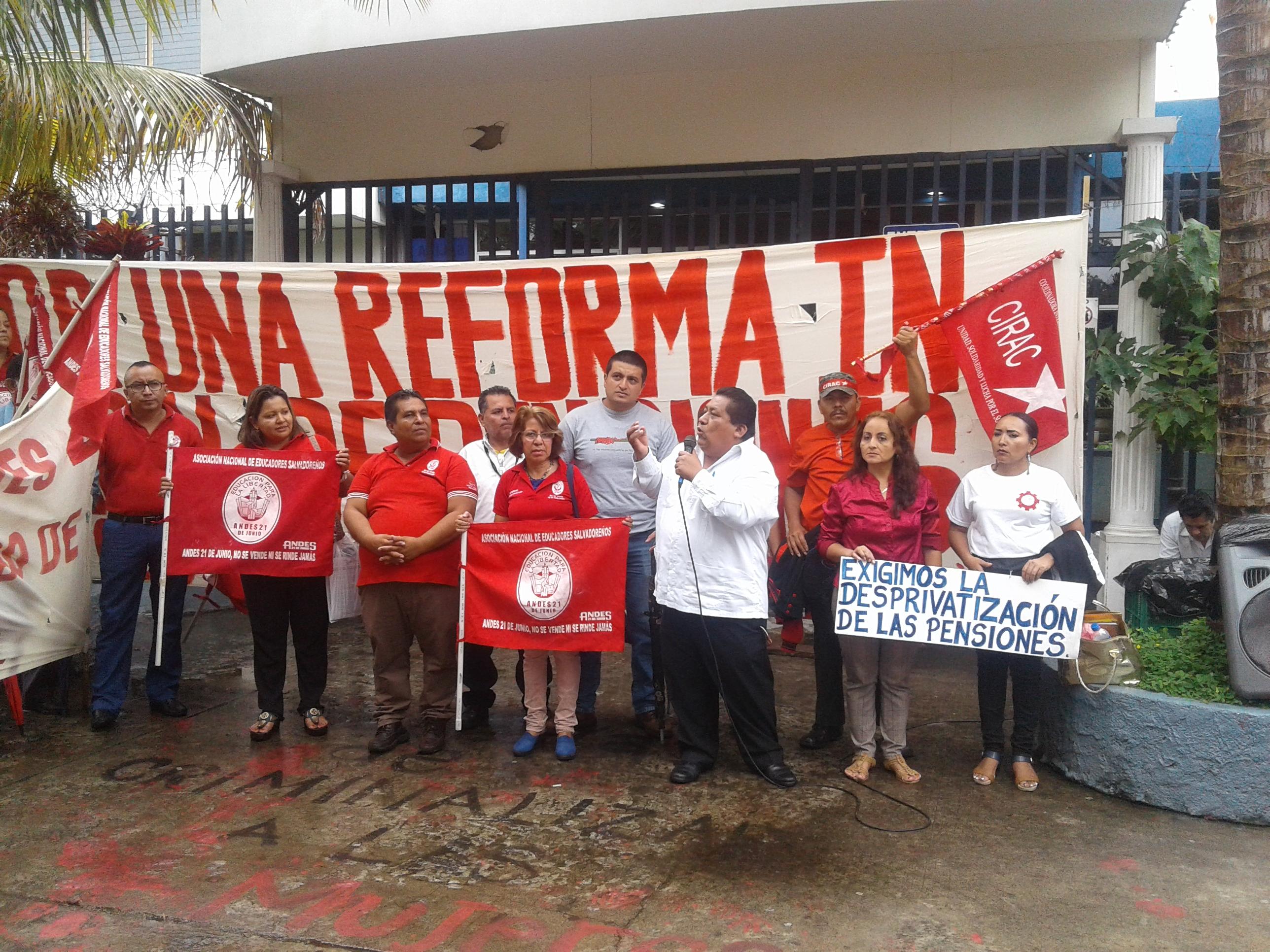 Inicia la recta final de la reforma de pensiones ¡no más AFP, ninguna negociación!