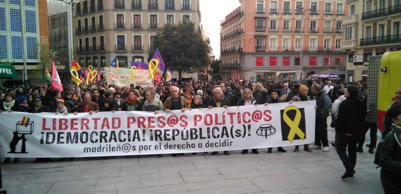 Manifestación en Madrid por la liberación de los presos políticos catalanes y en defensa de las libertades democráticas