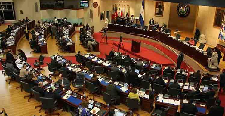 La crisis de los partidos y las ilusiones parlamentarias del pueblo