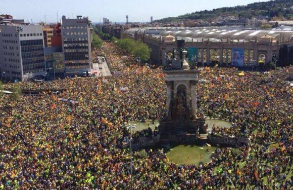 Catalunya: marcha masiva para exigir la liberación de los presos políticos