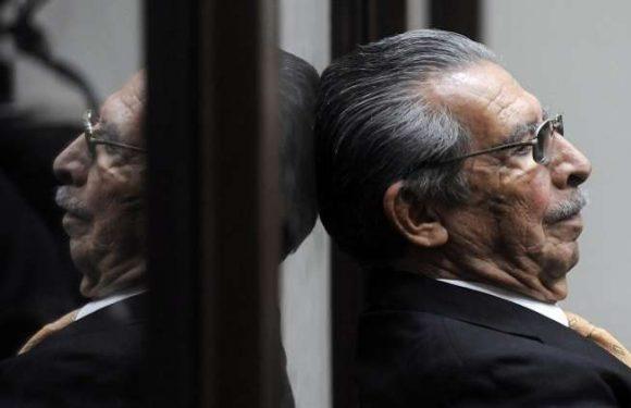 Muere sin pagar sus crímenes el genocida guatemalteco: Efraín Rios Montt