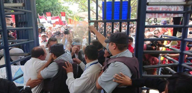 Los estudiantes entran a la escena de la lucha de clases ¡no a la privatización del agua!