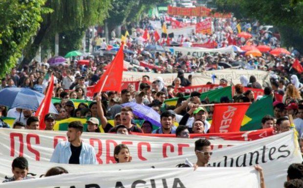 Los sindicatos, la juventud y la defensa del agua